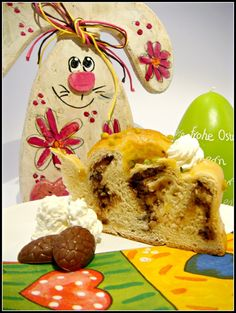 Easter yeast cake with chocolate-marzipan filling, #Bonvita chocolate eggs and #Rich's whip
