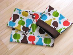 reusable snack bag tutorial (i have this fabric haha)