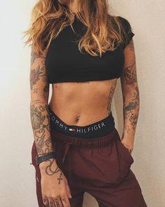 I love it – Hot girls with sexy tattoos … - New Tattoo Models Sexy Tattoos, Badass Tattoos, Body Art Tattoos, Sleeve Tattoos, Tattoos For Women, Tattoo Sleeves, Tattoo Sleeve Girl, Rock Tattoo, Skater Tattoos