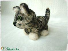Cirmos gyapjú cica / Kitten - Kölyök (Blackata) - Meska.hu Techno, Kitten, Animals, Cute Kittens, Kitty, Animales, Animaux, Kitty Cats, Animal