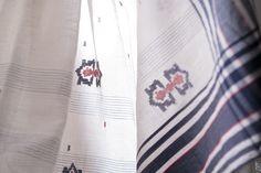 An exquisitely handwoven jamdani sari in off-white #sari #jamdani #khadi #cotton #india