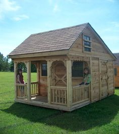 outdoor playhouse plans with loft | Interior Picture: Loft, ladder, front