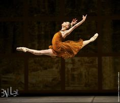 Snapped: @balletrusse flies high in 'Trio', which we performed at the Bolshoi tonight! via http://newsmix.me
