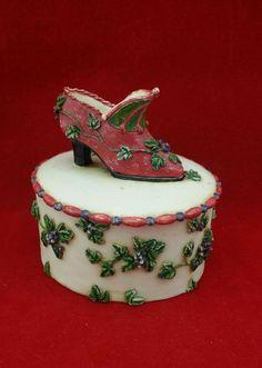 Christmas Elf Shoe Round Trinket Box with Lid  | Collectibles, Decorative Collectibles, Trinket Boxes | eBay!