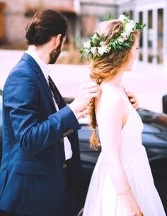 Bride's loose long braid bridal hair ideas Toni Kami Wedding Hairstyles ♥ ❶ Flower crown corona halo. Perfect Wedding, Dream Wedding, Wedding Day, Irish Wedding, Hair Wedding, Formal Wedding, Coiffure Hair, Bohemian Bride, Bohemian Hair