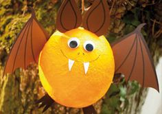 Over 40 of the BEST Homemade Halloween Decorating IdeasAttach Cockroaches on the Walls.these are the BEST Halloween Decor & Craft Ideas!Meine coolste Laterne:Meine coolste Laterne:floral wreath bundle papercut template, bundle of 6 floral svg cut Easy Fall Crafts, Halloween Crafts For Kids, Halloween 2019, Halloween Decorations, Disney Halloween, Decor Crafts, Fun Crafts, Diy And Crafts, Haunted Dolls