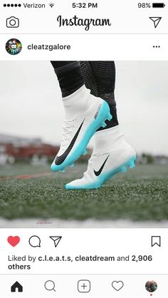 These would be awesome cleats, that is until the white starts turning brown Best Soccer Cleats, Girls Soccer Cleats, Nike Cleats, Soccer Gear, Soccer Equipment, Soccer Ball, Soccer Stuff, Soccer Tips, Cool Football Boots