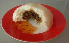 Bapao (gestoomd broodje met vleesvulling)