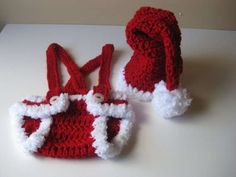 This Crochet Baby Santa Outfit is Great for Baby's First Christmas #babies #trendykids