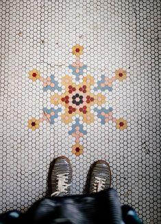 snowflake in hex tile