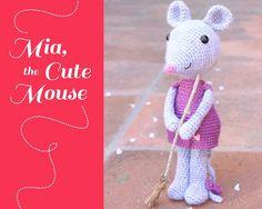 amigurumi mouse crochet pattern. Mia the cute mouse by Tremendu