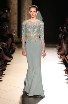 we're all agreed that this is gorgeous, yes? | Elie Saab Haute Couture Fall Winter 2012-13