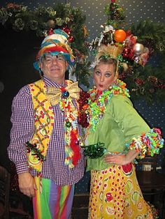 Lazy Daisy Cottage - several costume ideas! Tacky Christmas Party, Whoville Christmas, Grinch Who Stole Christmas, Christmas Program, Christmas Costumes, Holiday Fun, Christmas Crafts, Office Christmas