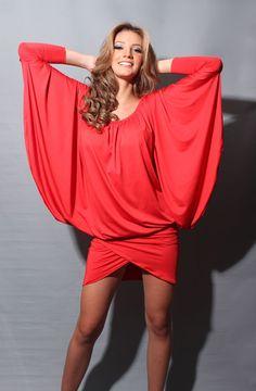 Gabriella Ferrari, Miss Venezuela Mundo 2011, Minidress Alejandro Ramirez. Made in Venezuela.