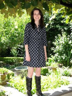 Hand Sewn Home Grown: Not another Schoolhouse Tunic!!