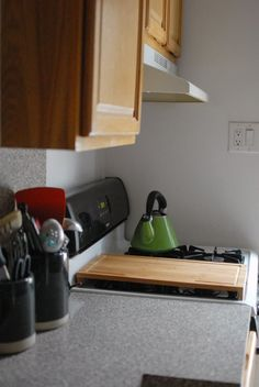 Affordable, renter-friendly and tried-and-true ideas for making your small rental kitchen more serviceable, user-friendly and fun to cook in.