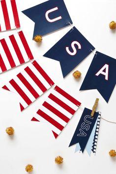 Free Printable USA Banner for the Fourth of July via @PagingSupermom.com.com.com #Patriotic