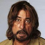 Shakti Kapoor gets hurt and robbed while shooting at Kanpur