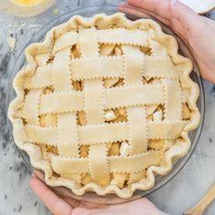 Pie Crust Uses, Homemade Pie Crusts, Pie Crust Recipes, Cookie Recipes, Apple Pie Crust, Apple Slab Pie, Fun Desserts, Delicious Desserts, Dessert Recipes