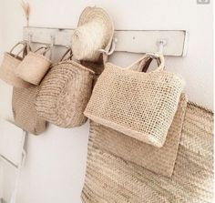 Timeless baskets. Beachwood