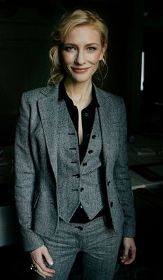 Cate Blanchett rocking a three piece suit Style Outfits, Date Outfits, Fashion Outfits, Fashion Ideas, Work Outfits, Suit Fashion, Work Attire, Fashion 2017, Fashion Clothes