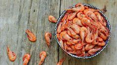 Une recette de tapas de crevettes et de saucisson Calabrese présentée sur Zeste et Zeste.tv