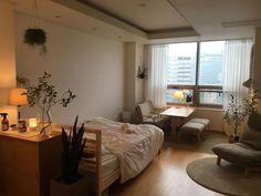 Small room design – Home Decor Interior Designs Room Ideas Bedroom, Home Bedroom, Bedroom Decor, Master Bedroom, Korean Bedroom Ideas, Small Rooms, Small Room Design Bedroom, Bedroom 2018, Single Bedroom