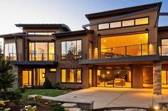 Modern Home Design: The New Anti-Ski House