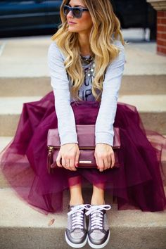 Jupon en tulle : Can you wear a tulle skirt in the daytime? A tulle skirt can be styled for dayti… Girly Outfits, Dance Outfits, Skirt Outfits, Fall Outfits, Street Style Outfits, Look Street Style, Street Chic, Teen Fashion, Fashion Outfits