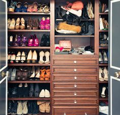 Step Inside: Stunning (and Well-Outfitted) Celebrity Closets doors Closet Vanity, Wardrobe Closet, Room Closet, Closet Space, Walk In Closet, Dressing Room Design, Dressing Rooms, Beautiful Closets, Celebrity Closets