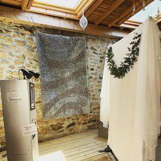 Au domaine d'Essalois, pour le joli mariage de M&M ! Une magnifique salle de mariage dans la Loire. #domainedessalois #vivelesmaries #mariage2019 #chateauessalois #mariagechampetre #instawedding #animationphotos #photobooth