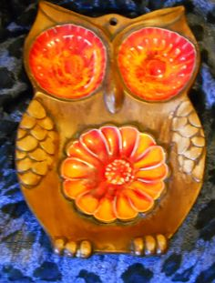 Coolest spoon rest ever Retro Home, Spoon Rest, Deco, Owls, 1970s, Pottery, House Design, Orange, Fruit
