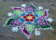 Easy Rangoli Designs Diwali, Rangoli Designs Latest, Rangoli Designs Flower, Rangoli Border Designs, Small Rangoli Design, Rangoli Patterns, Rangoli Ideas, Rangoli Designs With Dots, Rangoli Designs Images