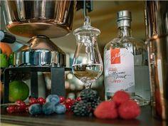 Schnaps selbst brennen - kleines Schnapsbrennseminar VILS | Schnapsbrenn-Seminar | Ingenieurbuero Andreas Heiss | myobis Small Bottles, Alcohol