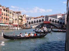 So here is a list of some of the free things to do in Venice – as well as some of the almost-free (i.e. cheap) things to do in Venice for when you have a few extra euro to spend.