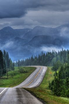 Stormy weather (Big Horn Reserve, near Rocky Mountain House, Alberta) by Len Langevin cr. Beautiful Roads, Beautiful Landscapes, Beautiful World, Beautiful Places, Rocky Mountains, Alaska, On The Road Again, Back Road, Winding Road