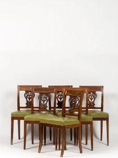 Suite de six chaises en bois teinté à filets de laiton Le dossier rectangulaire est ajouré d'un motif de consoles affrontées feuillagées, pieds sabre. XIXe siècle dans le style Directoire. Hauteur: 85… - Massol - 18/12/2015