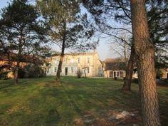 Venez visiter le vignoble et les chais du Château Baudan. Profitez de votre passage pour vous y restaurer. Médoc, Bordeaux  http://bordeaux.winetourbooking.com/fr/propriete/chateau-baudan-32.html