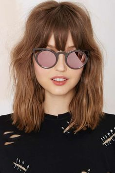 Exclusive Quay Invader Shades - Irridescent