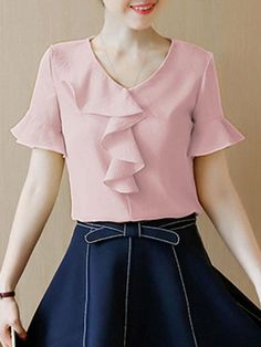 V-Neck Flounce Plain Bell Sleeve Blouse Skirt Fashion, Fashion Dresses, Fashion Blouses, Stylish Blouse Design, Vetement Fashion, Blouse Models, Bell Sleeve Blouse, European Fashion, Blouse Designs
