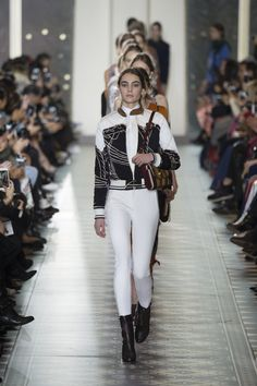 Tory Burch Fall 2016 Ready-to-Wear Fashion Show