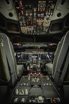flight simulator, turnkey simulator, complete simulator, simulator for sale, . Boeing 737 Cockpit, Flight Simulator Cockpit, Airplane Wallpaper, Plane Photos, Flying Vehicles, Airplane Photography, Best Flights, Flight Deck, Aircraft Design