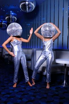 Disco Ball Heads are great walkabout acts for a 70's themed event . http://bigfootevents.co.uk/entertainment/Themed-Events/1970%E2%80%99s-Seventies-Glam-Rock-Disco.aspx