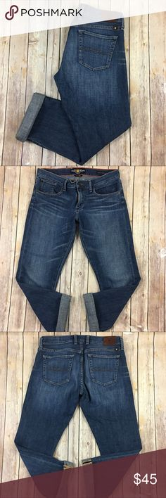 """Lucky Brand Jeans Sienna Tomboy Crop Boyfriend 6 Tag Size - 6/28 Waist Measured Across - 17"""" Inseam - 29"""" unrolled  Rise - 9"""" Great used condition! Always open to reasonable offers. Lucky Brand Jeans Boyfriend"""