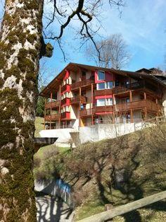 Haus #Robinson im #Reka #Feriendorf #Hasliberg Cabin, House Styles, Home Decor, Holiday Resort, Travel Advice, Viajes, House, Decoration Home, Room Decor