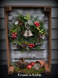 kistje van oude pallet maken, versieren met herfst of kerst decoraties