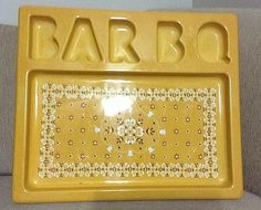 """BBQ platter Dish In yellow/gold 19"""" X 16"""" Kitchen Summer Cookout Picnic Vintage"""
