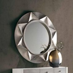 Itaca, Modern Circular Mirror in Silver, White or Black Semi-Gloss Finish - See more at: https://www.trendy-products.co.uk/product.php/8687/itaca__modern_circular_mirror_in_silver__white_or_black_semi_gloss_finish#sthash.RIpblsnf.dpuf