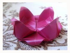 Flor de Lotus by Harui Origami, via Flickr