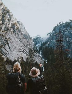 Camping Photography, Mountain Photography, Outdoor Photography, Photography Ideas, Photography Women, Adventure Photography, Airplane Photography, Urban Photography, Travel Pictures